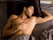 Sức khỏe đời sống - Những lợi ích khi quý ông ngủ nude