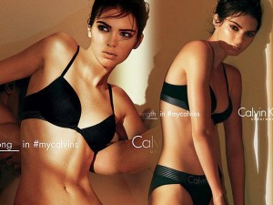 Thời trang - Hot girl Hollywood đẹp khó rời mắt với nội y đen