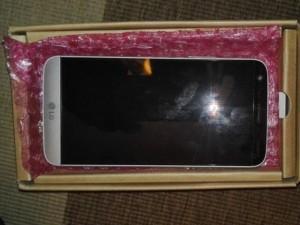 LG G5 lộ giá bán, camera kép mặt sau