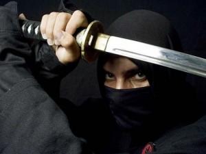 Phim - Thót tim với cảnh Ninja 'xử nhau' trên vách núi
