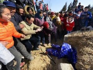 Thế giới - TQ: Tự làm đám tang để đếm số người có mặt