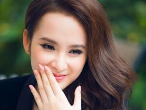 """Phim - Angela Phương Trinh: """"Trường Giang không rời mắt khỏi tôi"""""""