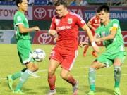 Bóng đá Việt Nam - Cầu thủ V.League kêu trời vì quả bóng mới đến từ Thái Lan