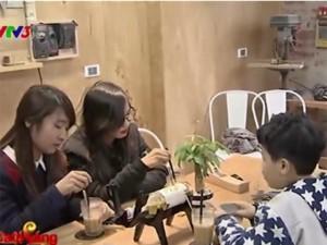 Bạn trẻ - Cuộc sống - Cà phê xưởng mộc tại Hà Nội thu hút giới trẻ