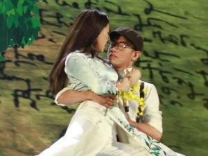 """Giải trí - Vắng Hồ Ngọc Hà, Maya hot nhất """"The Remix"""""""