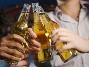 Sức khỏe đời sống - Những người tuyệt đối không nên uống bia dù vui nhậu đến mấy