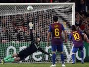"""Bóng đá - Messi: Ác mộng với Arsenal nhưng """"khóc than"""" trước Cech"""