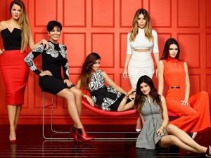 """Đời sống Showbiz - 10 chuyện """"xấu"""" và """"lố"""" về gia đình Kim siêu vòng 3"""
