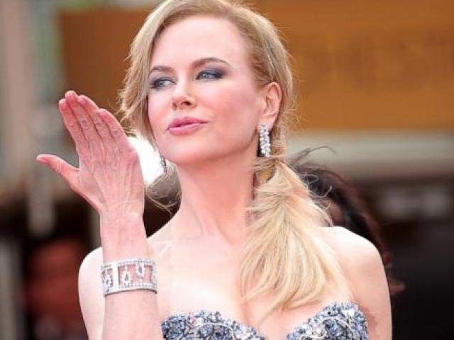 """Top """"gái già"""" giàu có và quyến rũ nhất Hollywood"""