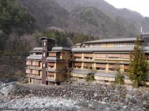 Phi thường - kỳ quặc - Khám phá bên trong khách sạn lâu đời nhất thế giới ở Nhật Bản