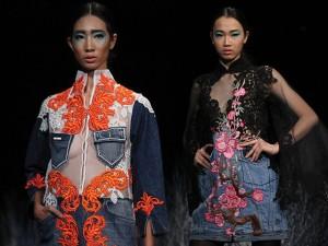 Thời trang - NTK Minh Hạnh phối jeans với vải xuyên thấu táo bạo