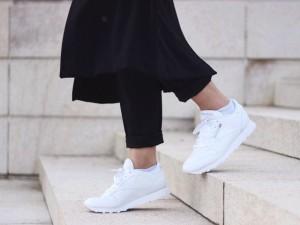 Nếu trót mê những đôi giày trắng, đừng quên 4 điều này!