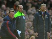 """Bóng đá - Chuyên gia gọi màn trình diễn của Arsenal là """"trò hề"""""""