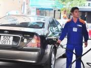 Thị trường - Tiêu dùng - Petrolimex lãi ngàn tỷ đồng nhờ giá xăng dầu giảm mạnh