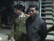 Video An ninh - Bắt nóng tên cướp táo tợn giật túi xách trong đêm