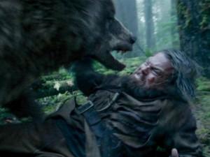 Phim - Leonardo DiCaprio đút túi 400 tỉ nhờ vật nhau với gấu