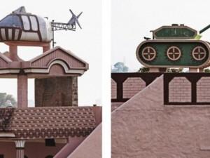 """Thế giới - """"Máy bay"""", """"xe tăng"""" đậu đầy trên nóc nhà dân ở Ấn Độ"""