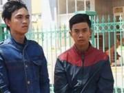 An ninh Xã hội - Bắt 2 tên cướp giật túi xách, cắt đứt gân tay nạn nhân