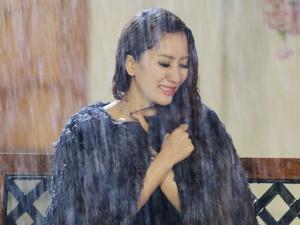 Ca nhạc - MTV - Khánh Thi khóc nức nở trong mưa