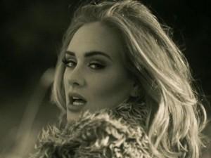 Cô gái có giọng hát hệt Adele tại The Voice Trung Quốc