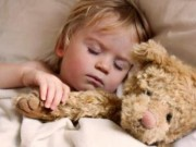 Sức khỏe đời sống - Trẻ em ngáy ngủ thường xuyên ảnh hưởng nghiêm trọng đến sức khỏe