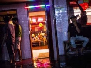 """Thế giới - Cuộc chiến đóng cửa """"thủ phủ"""" mại dâm ở Indonesia"""