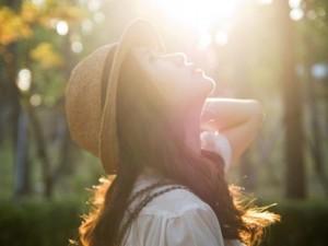 Bạn trẻ - Cuộc sống - Thơ tình: Hãy hạnh phúc khi ta còn may mắn