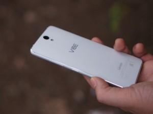 Dế sắp ra lò - Đánh giá smartphone có 2 camera trước Lenovo VIBE S1