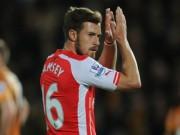"""Bóng đá - Ramsey ghi bàn, """"lời nguyền"""" ám ảnh cũ trở lại"""
