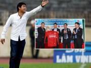 Bóng đá Việt Nam - Đừng đưa Hữu Thắng lên mây!