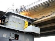 Tin tức Việt Nam - Tàu đâm hỏng cầu ở Hải Dương hết đăng kiểm, chạy chui
