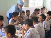 Giáo dục - du học - Bỏ bếp ăn bán trú vì áp lực tăng học sinh