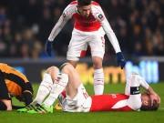 """Bóng đá - Arsenal và """"bệnh"""" chấn thương: Lỗi tại Wenger"""