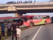 Tin tức trong ngày - 11 người chết do phá hộ lan, hàng rào... trên cao tốc