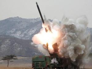 Thế giới - Triều Tiên phóng 2 tên lửa đạn đạo ra biển Nhật Bản