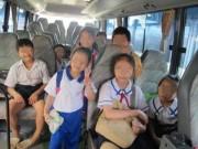 Tin tức trong ngày - Thót tim tìm kiếm 4 bé gái lên xe bus rồi thất lạc