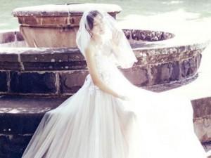 Phim - Kim Ha Neul quá trẻ đẹp so với tuổi 38 trong ảnh cưới