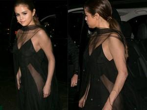 """Váy - Đầm - Selena Gomez hoàn hảo khi diện mốt """"không nội y"""""""