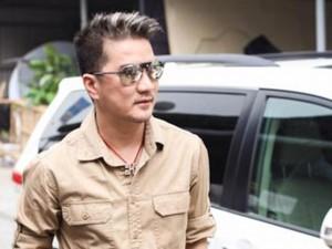 """Ca nhạc - MTV - Đàm Vĩnh Hưng để râu ria """"xồm xoàm"""" đi diễn"""