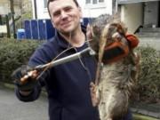 Phi thường - kỳ quặc - Phát hiện chuột to bằng bé 4 tuổi