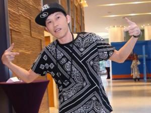 """Đời sống Showbiz - Fan ngạc nhiên với những hình ảnh """"xì tin"""" của Hoài Linh"""