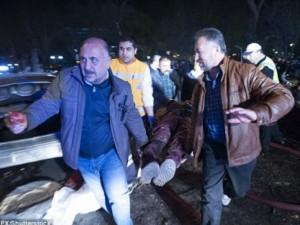 Hiện trường vụ đánh bom thảm khốc ở Thổ Nhĩ Kỳ