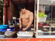 """Giới trẻ - Hội trai đẹp khoe thân bán mì gây """"sốt"""" ở Thái Lan"""