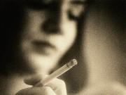Sức khỏe đời sống - Mẹ nghiện thuốc lá, con dễ bị phổi tắc nghẽn mạn tính