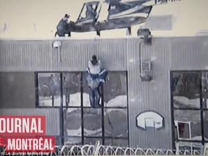 Thế giới - Video: Tù nhân vượt ngục bằng trực thăng ở Canada