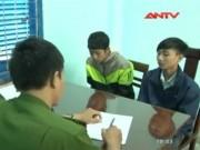 Video An ninh - Hai học sinh đánh bạn đến lún sọ để... thể hiện đàn anh