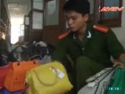 Video An ninh - Tóm 1.000 túi xách giả hàng hiệu nhập từ TQ