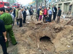 Tin tức trong ngày - Nổ lớn ở KĐT Văn Phú: Do chủ nhà cưa vật liệu nổ?