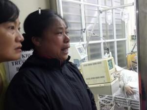 """Tin tức trong ngày - Vụ nổ lớn ở Văn Phú: """"Con thơ dại đang đợi mẹ ở nhà"""""""