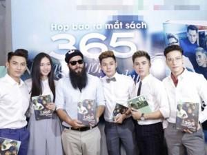 """Ca nhạc - MTV - Đạo diễn """"Skull Island"""" thân thiết với Ngô Thanh Vân"""